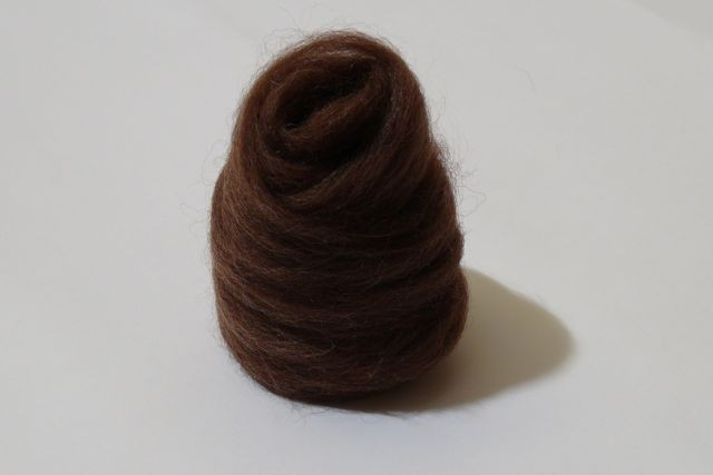 Portuguese Merino tops, natural dark brown